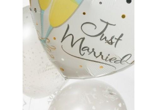 a wedding balloon